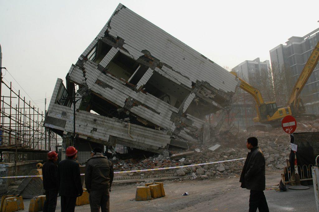 Demolicion de Edificio - Demoliciones y Derribos