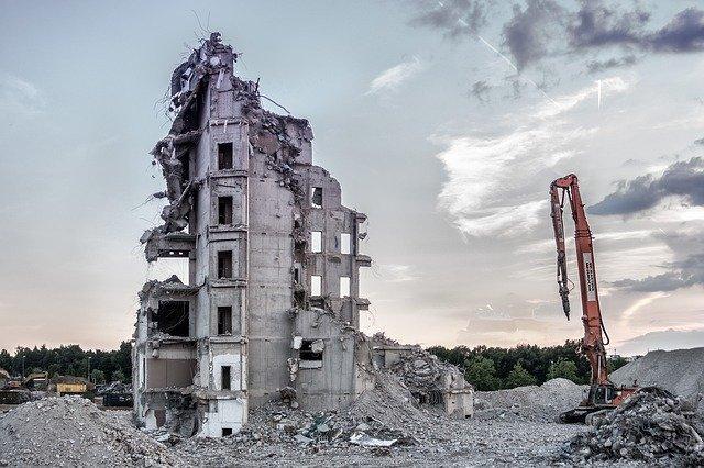 Demolición de Edificios en Granada