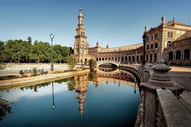 Empresa de Demoliciones En Sevilla